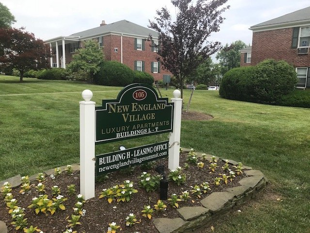 Townhomes for sale New England Village Townhomes Summit, NJ