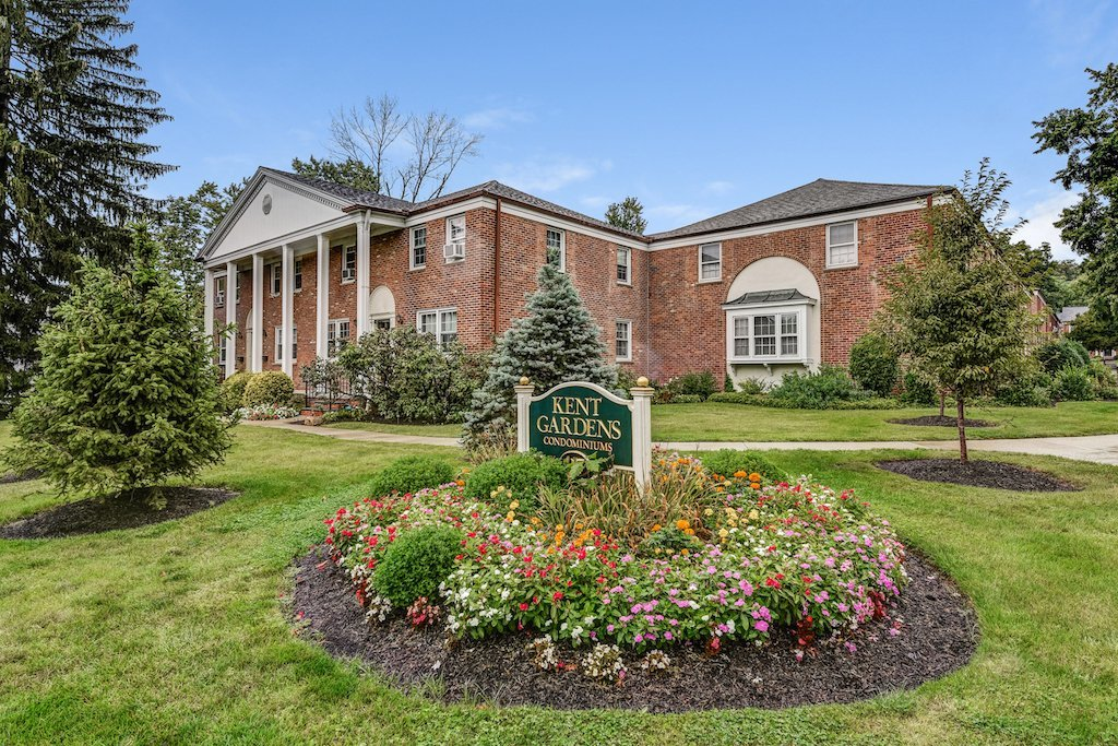 417 Morris Ave Summit NJ 07940 - For Sale. Kent Gardens