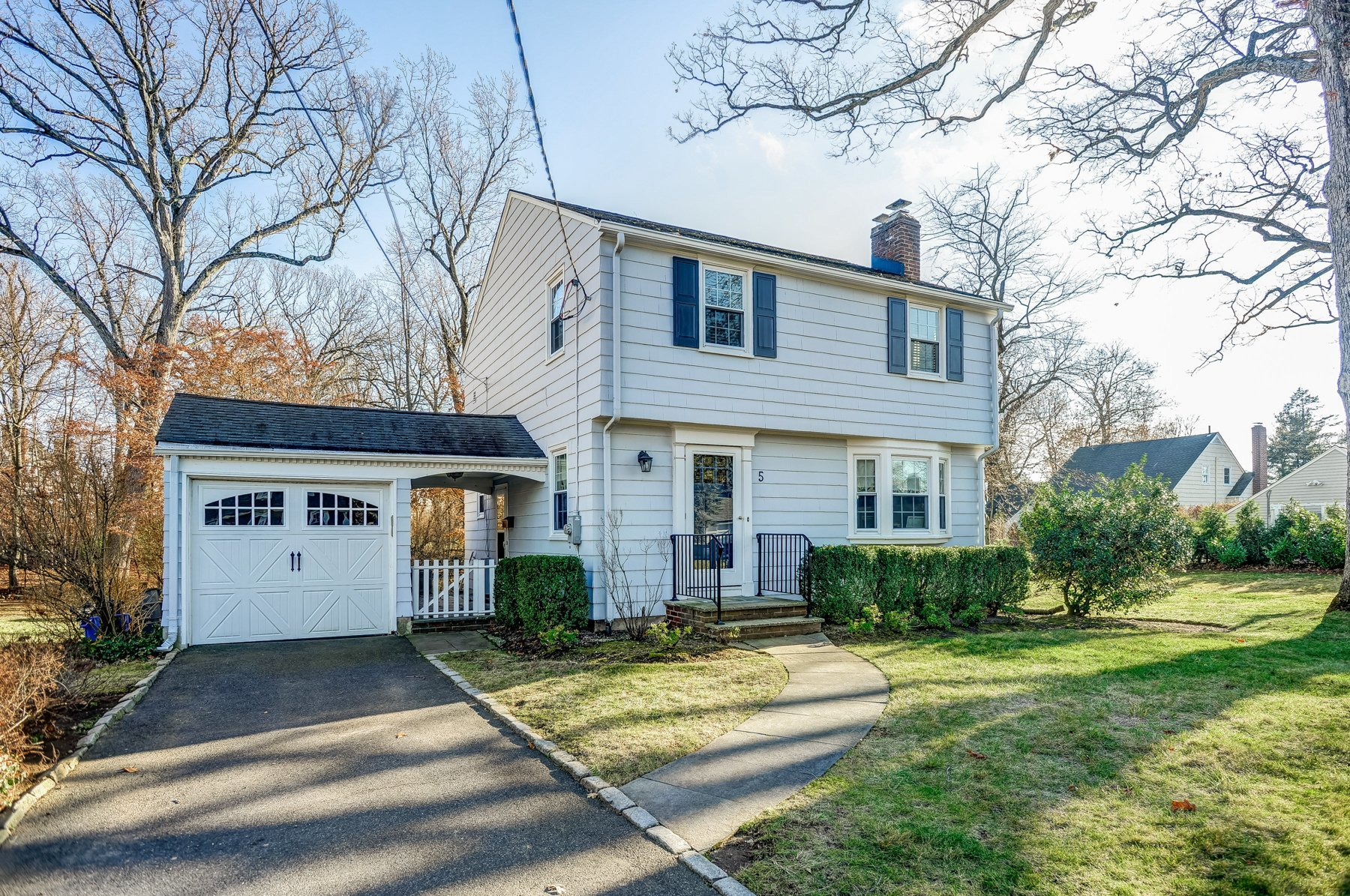 5 Shadylawn Dr, Madison NJ 07940. Home for sale in Madison