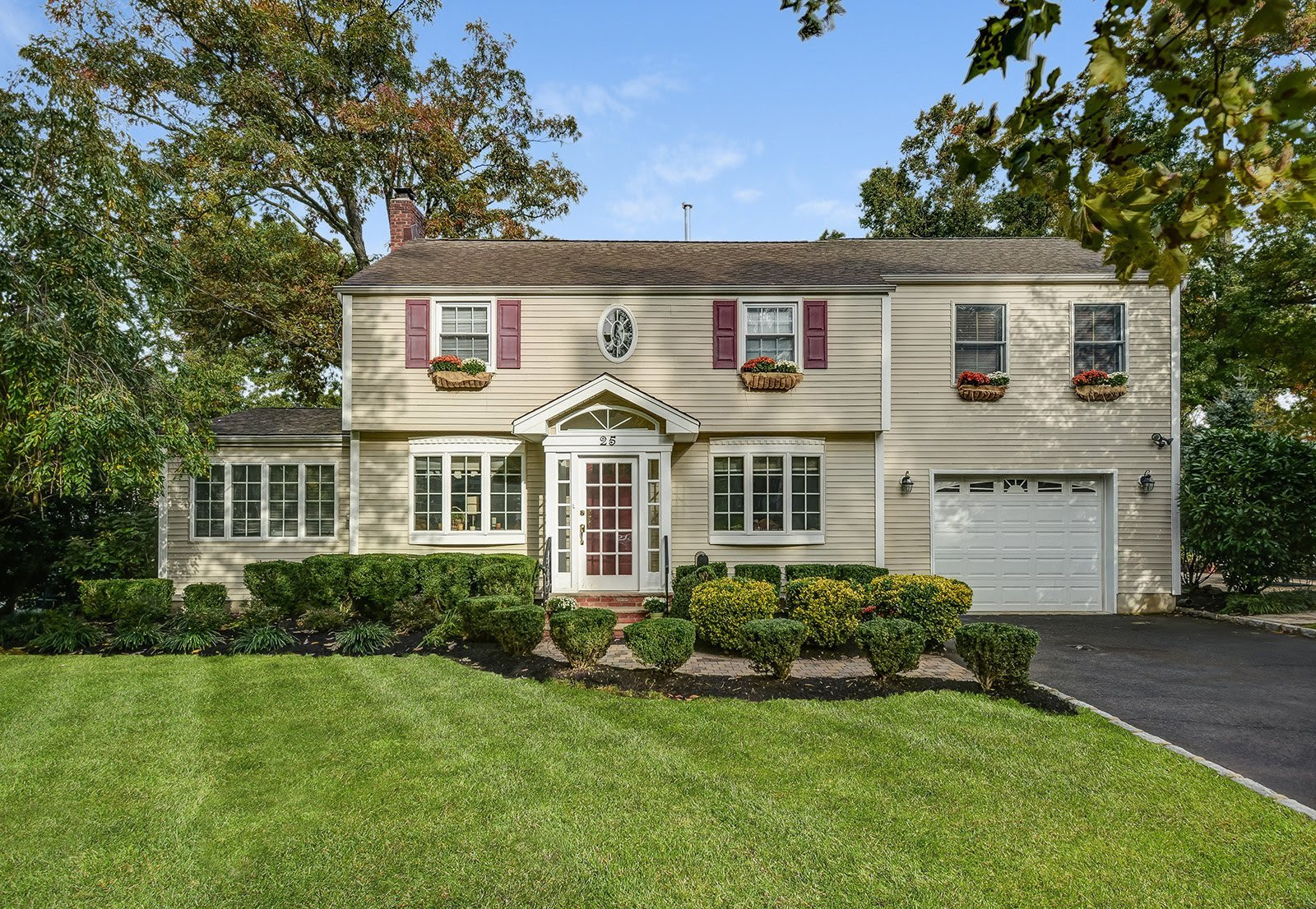 25 Lowell Ave, Summit NJ 07901