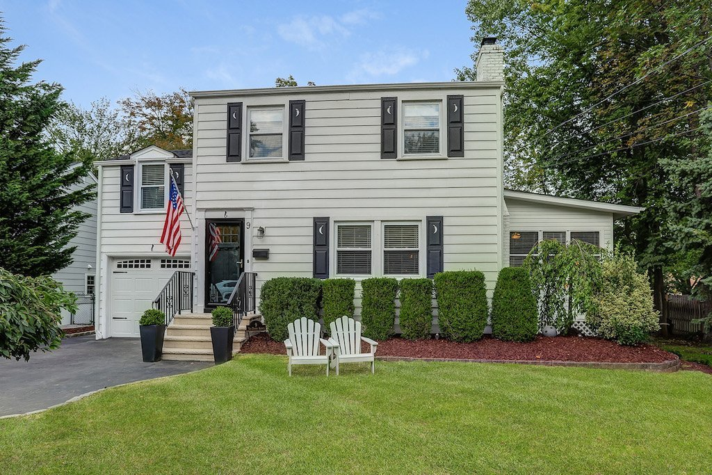 9 Van Doren Ave, Chatham NJ 07928. Home For Sale