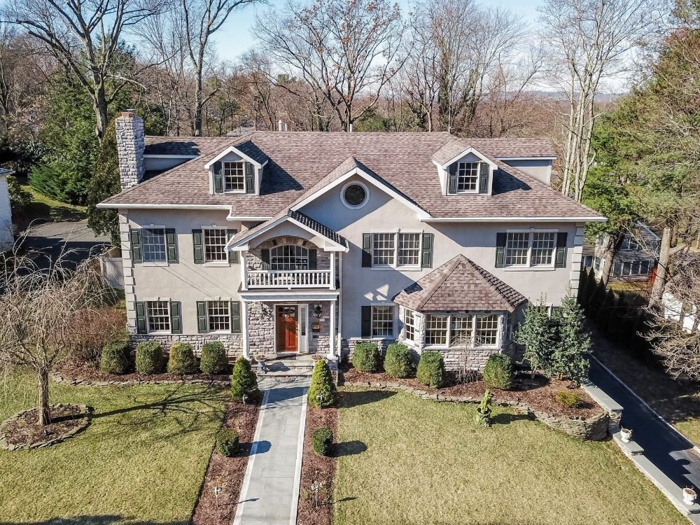 9 Twombly Dr, Summit NJ 07901 home for sale by The Oldendorp Group Realtors. Keller Williams Summit NJ
