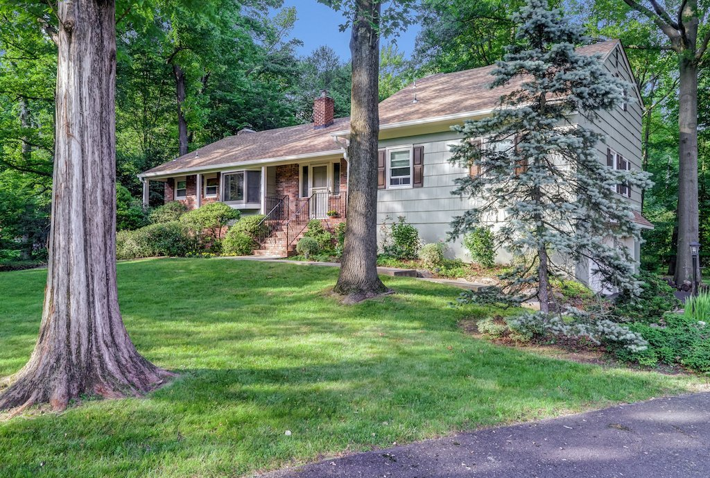 23 Esses Road, Scotch Plains NJ 07076 home for sale in Scotch Plains NJ by The Oldendorp Group Realtors